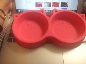 pet food bowl for Sale in Seattle, WA
