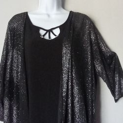 Black blouse with Glitter ,veil fabric on sleeves in size xL/1xL Thumbnail