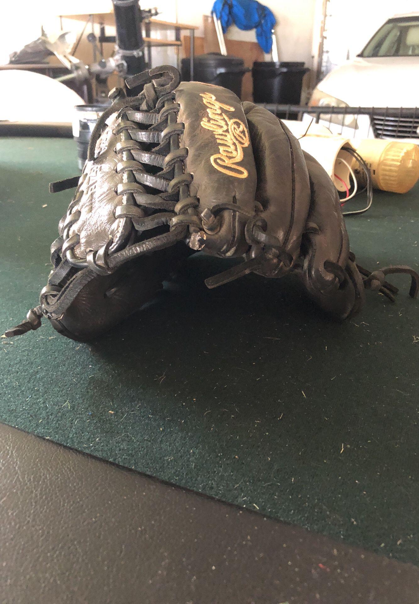 Rawlings glove