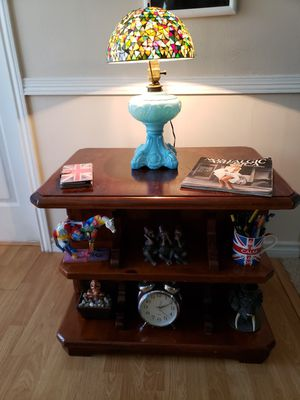 Photo Antique Real Wood Side table with lot of storage-- Mesa de lado madera solida