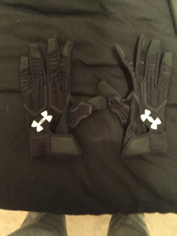Under armor lineman gloves