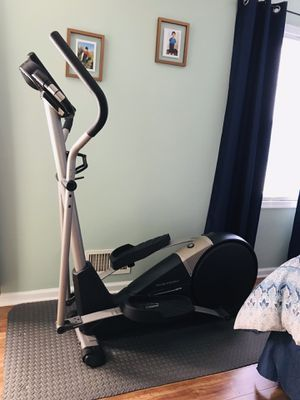 Cardio Cross Trainer 800 for Sale in Manassas, VA