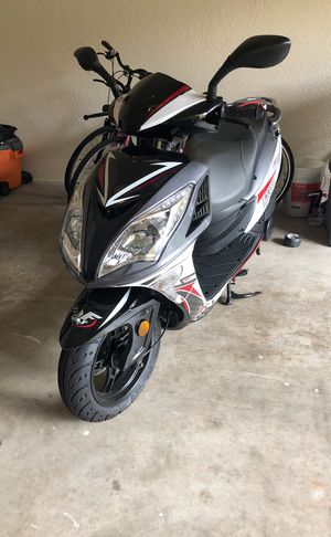 2018 Wolf Scooter Only 500 Miles For In Delray Beach Fl
