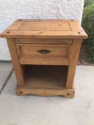 Photo Pier 1 imports wood side table very nice 1st $40 takes
