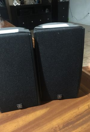Yamaha mini speakers needs wires 10$ great condition for Sale in Phoenix, AZ