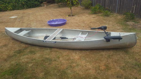 Alumacraft canoe with motor