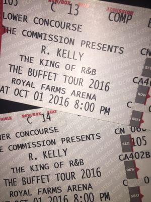 2 tickets to r kelly show tomorrow for Sale in Baltimore, MD
