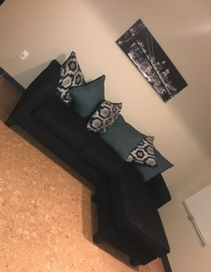 Black sectional sofa with 9 cushions for Sale in Cleveland, OH