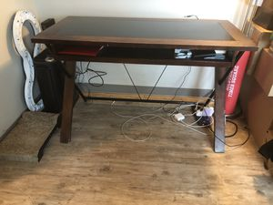 Used Desk For Sale >> New And Used Desk For Sale In Hutchinson Ks Offerup