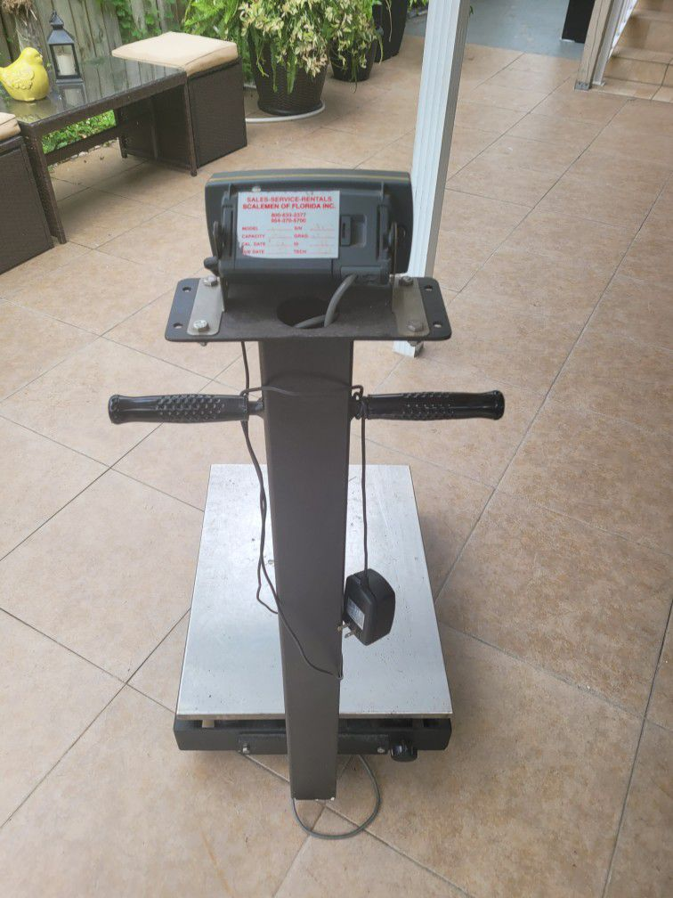 Commercial Weight Scale
