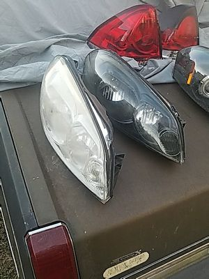 2006 Chevy Impala Passenger Head Lights for Sale in Alexandria, VA