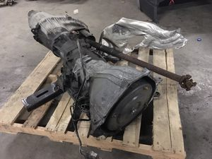 F150 2004 Ford 5.4 transmission & transfer case for Sale in Frederick, MD