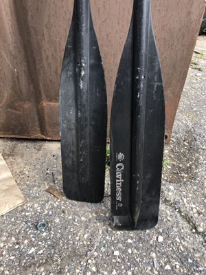 Caviness Plastic/Aluminum Oar with Black Blade for Sale in Baltimore, MD