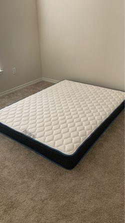 Sleepy's basic mattress firm - queen size Thumbnail
