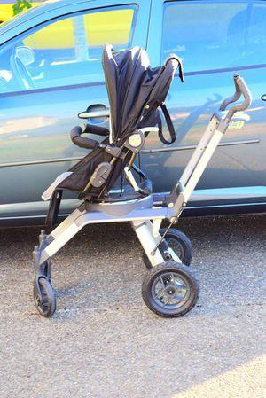 Orbit baby stroller for Sale in Spanaway, WA