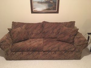 Queen Sleeper Sofa for Sale in Broadview Heights, OH