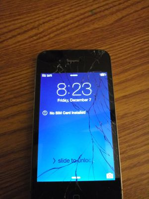 iPhone 4G and 4S 32GB for Sale in Moraine, OH