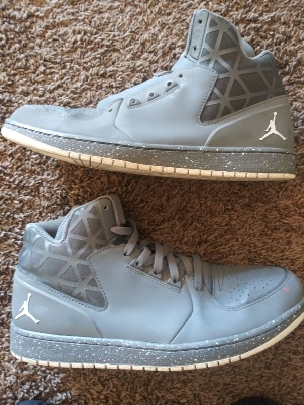 e8e9690a10a Grey jordans size 13 for Sale in Indio