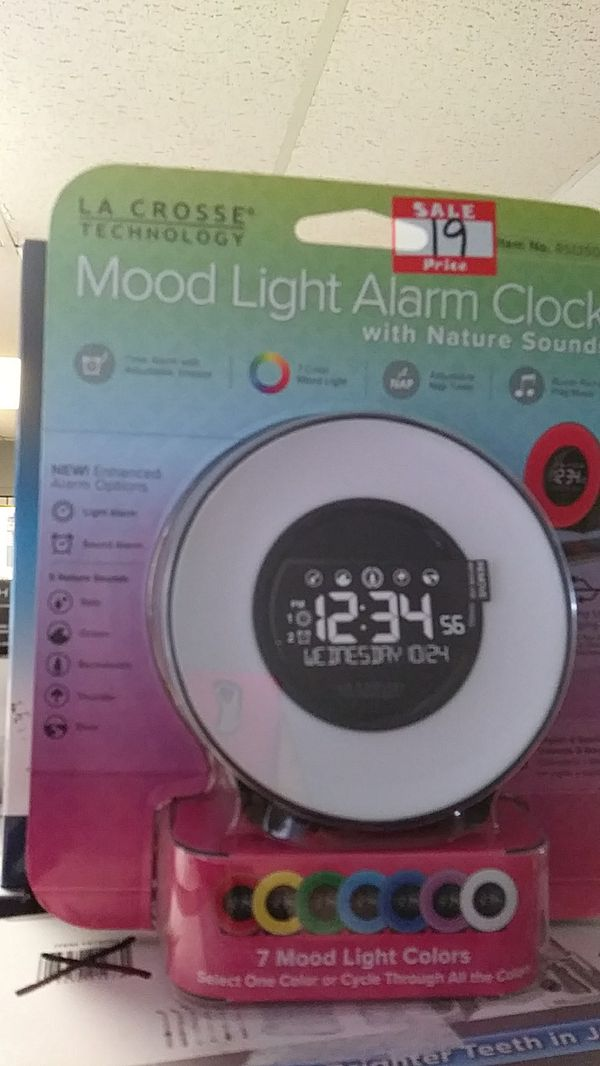 Mood light alarm clock for Sale in Lake Worth, FL - OfferUp