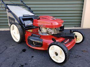 Photo Toro FWD self propelled lawn mower 6.5hp Tecumseh runs great BIG WHEEL PRICE IS FIRM