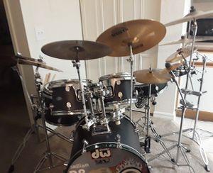 Nice drum set for Sale in Altamonte Springs, FL