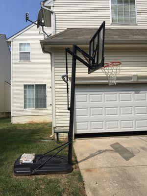 Lifetime adjustable basketball hoop outdoor for Sale in Germantown, MD