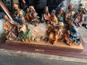 Precious collection last supper statue for Sale in Orlando, FL