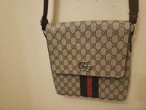 Desiner bag(strap around) for Sale in Pomona, CA