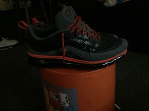Nike air max size 10 men for Sale in St Louis, MO