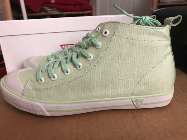 New GUESS Women's Keds, Size 9
