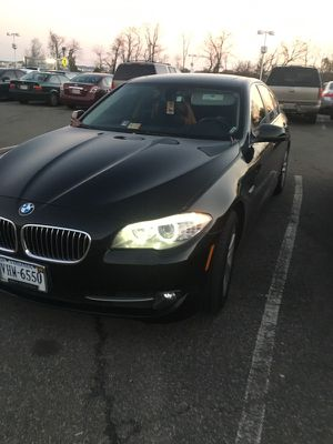 BMW 528i XDrive Winter Package (price negotiable) for Sale in Alexandria, VA