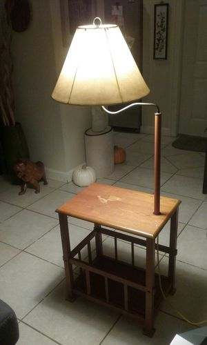 Table with lamp for Sale in Boca Raton, FL
