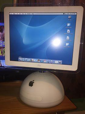 Photo Used Vintage iMac G4 2003