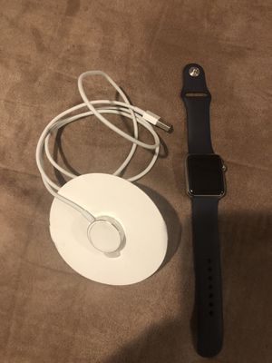 Apple Watch 38mm 3rd series for Sale in Fort Washington, MD