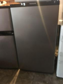 Mini fridge (Without Freezer) Thumbnail