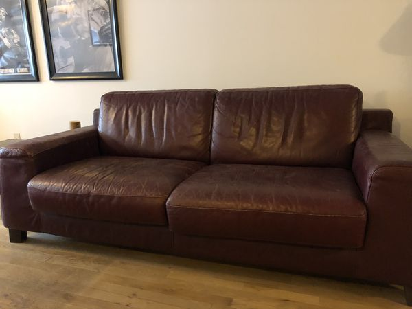 Burgundy leather couch for Sale in New York, NY - OfferUp