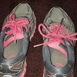 Running Shoes Thumbnail