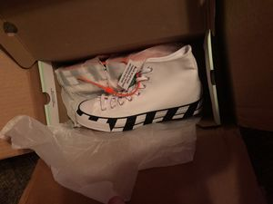 Converse Chuck Taylor All-Star 70s Hi Off-White size 10 for Sale in Gainesville, VA