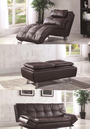 BROWN FAUX LEATHER FAMILY ROOM SET for Sale in Hialeah, FL