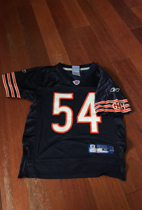 separation shoes cdb12 3de26 Brian Urlacher Chicago Bears jersey for Sale in Tempe, AZ - OfferUp