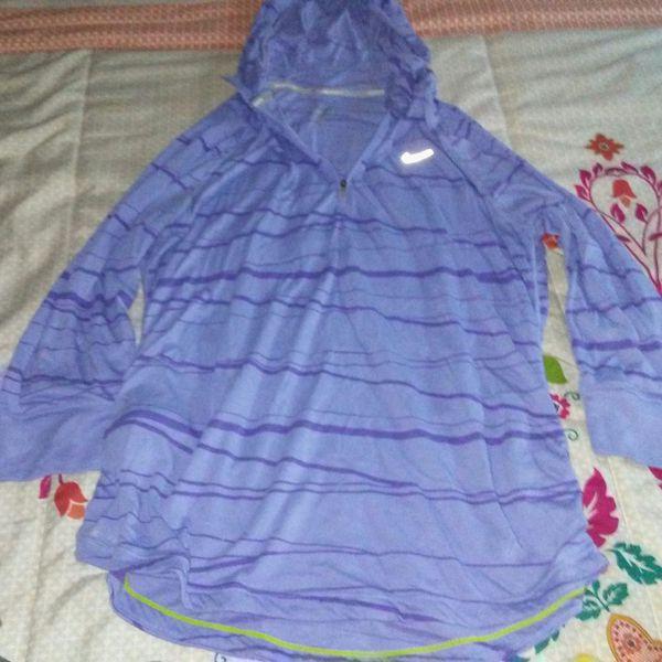 11e6b08422fb Cute Nike running hoodie for Sale in Columbus