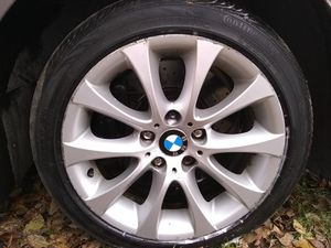 17 BMW factory rims and tires for Sale in Detroit, MI