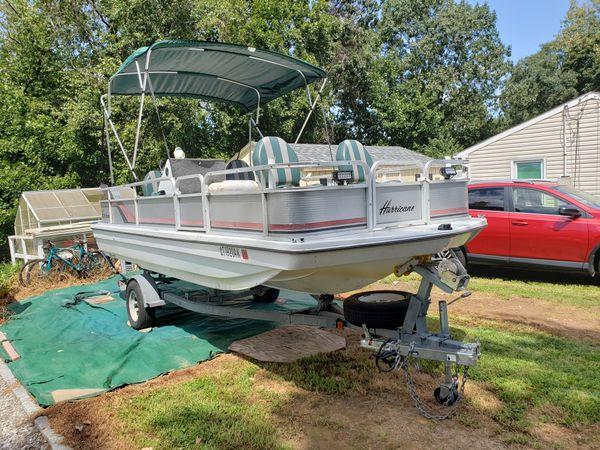 1987 hurricane deck boat