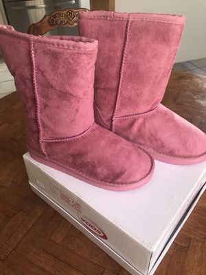 27cff91cb44f Girl boots size 4 for Sale in Fontana