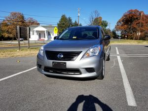 2013 Nissan Versa S, like New and Low miles for Sale in Alexandria, VA