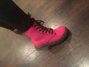 Cute Pink boots for Sale in Winchester, CA
