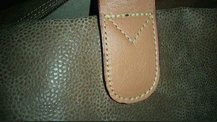 NWT MSRP $495..Brics Italy Duffle Bag Thumbnail