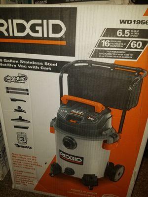 Photo Ridgid 16 gallon shop vac 6.5 peak hp