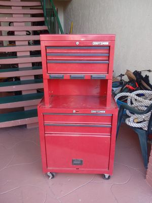 Craftsmen tool box for Sale in Kissimmee, FL
