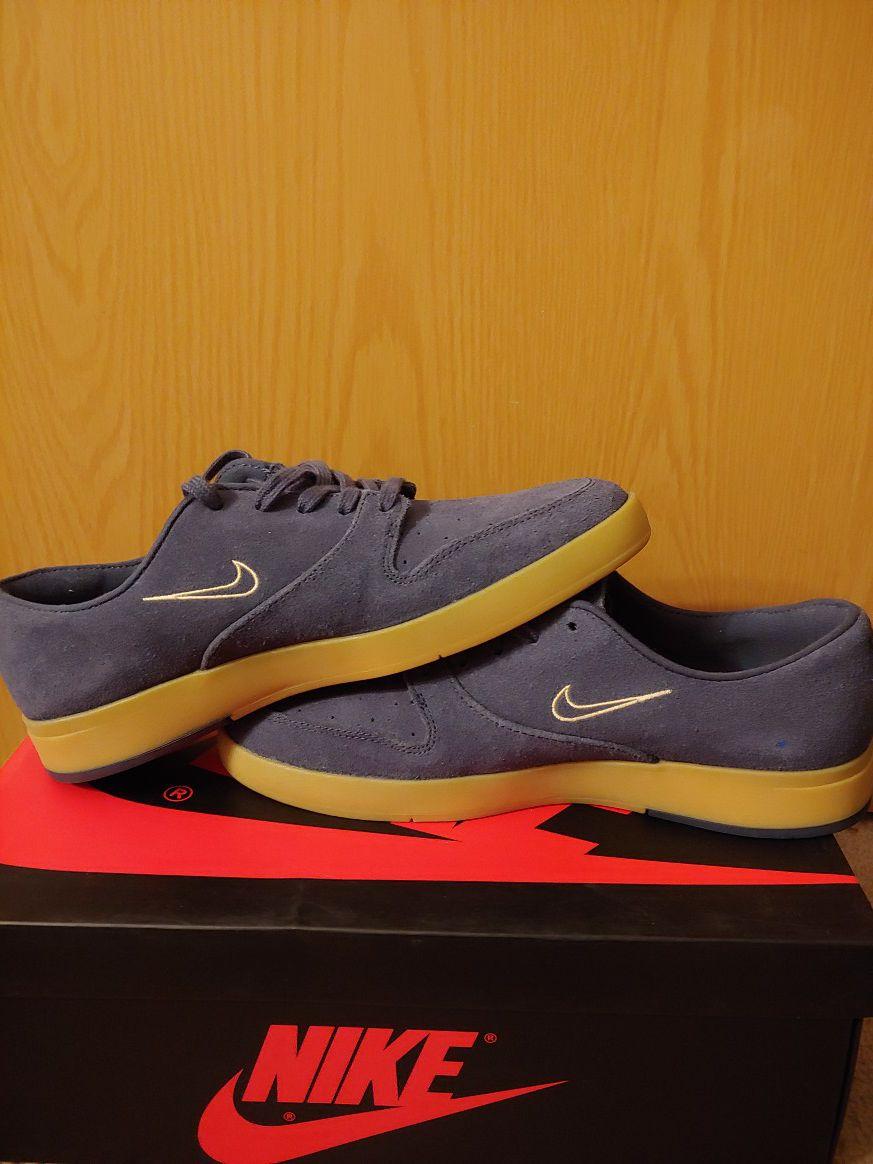 Nike SB brand new